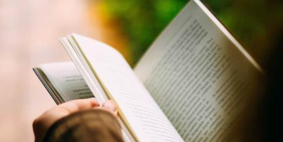 为什么在学校念了一堆书,出了社会却都没用